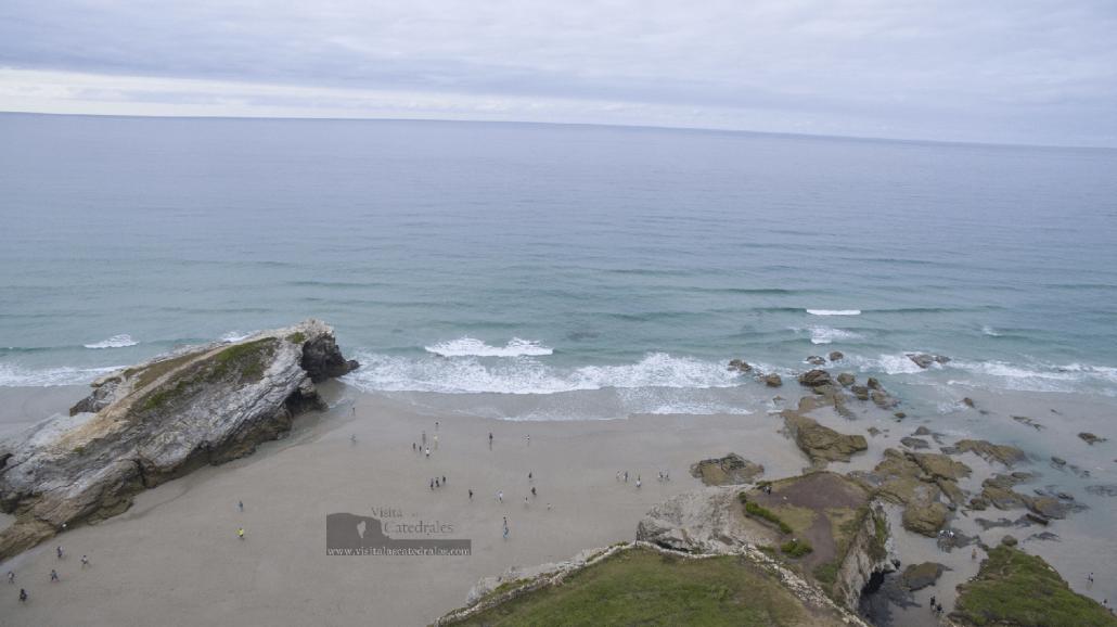 marea-de-la-playa-de-las-catedrales-web-visitalalascadrales-1030x578